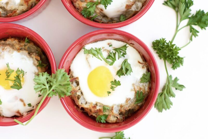 Oven Baked Hash Brown Egg Cups (gluten-free, meatless)