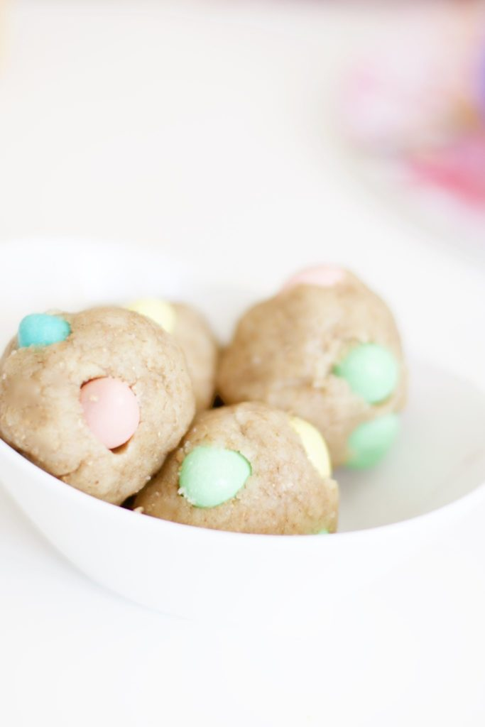 No-Bake Cadbury Mini Egg Balls (Eggless, Gluten-Free)
